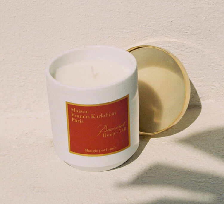 MECCA's bestselling fragrance is now available in a candle, so your home can smell as good as you do