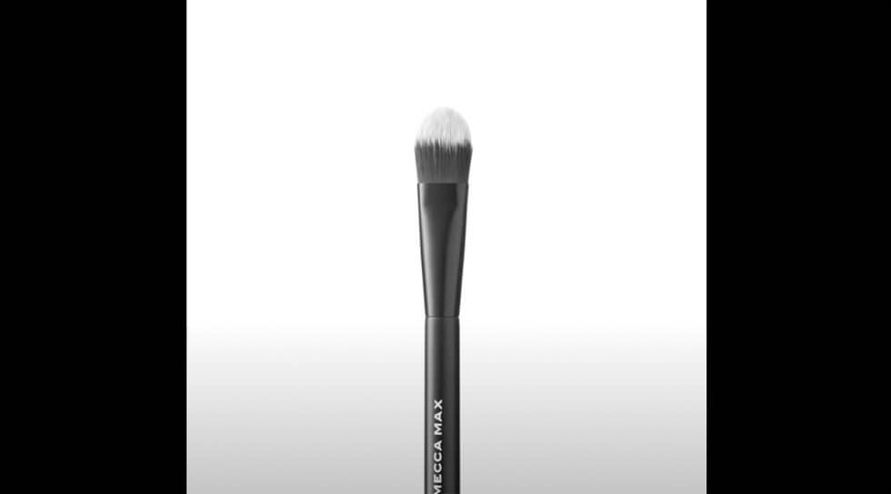 Flat Foundation Brush, , video