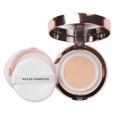 Mecca Cosmetica - IN A GREAT LIGHT PORCELAIN